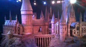 Warner Bros' Harry Potter Studio Tour Makes Magic!