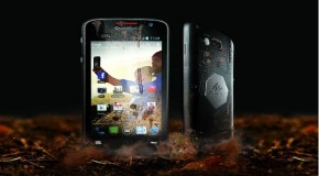 Quechua and Archos team up, announcing a new rugged Android phone